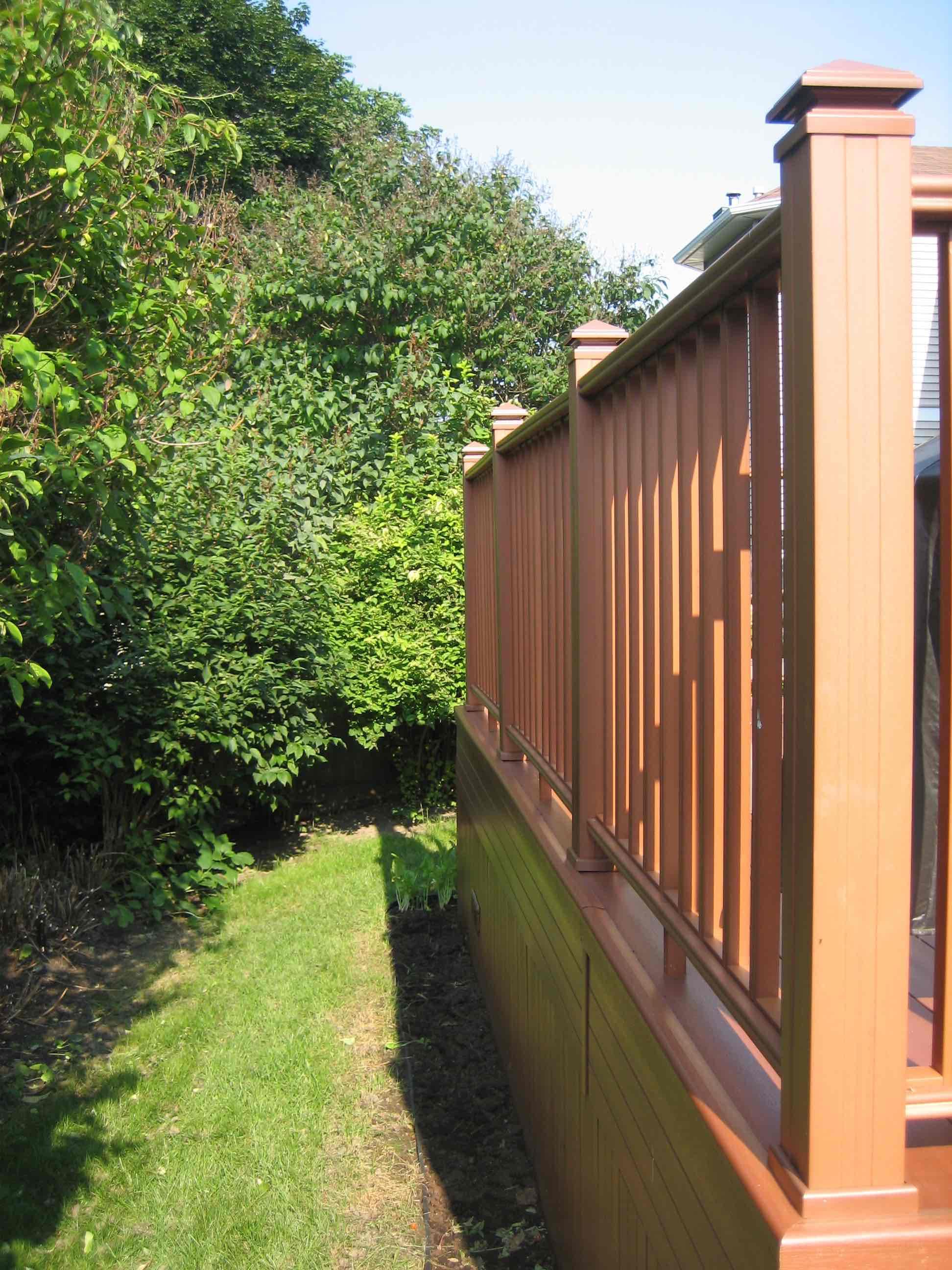 ottawa deck railing cedar
