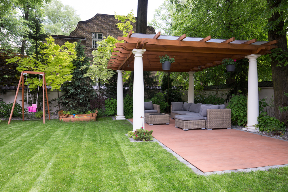 gazebos-the-perfect-escape-from-the-summer-sun