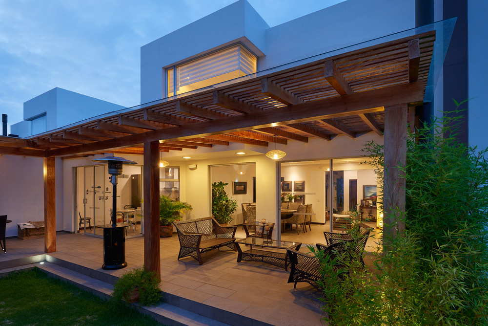 pergolas-are-getting-more-popular-than-ever-heres-why
