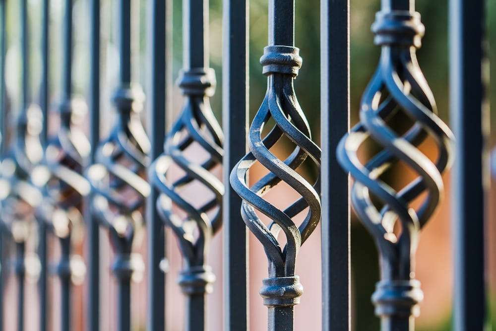4 Great Uses for Ornamental Iron Fencing