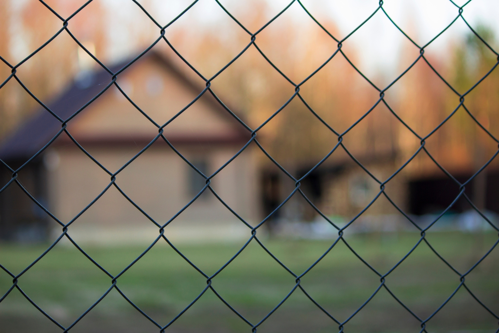 wood fencing vs pvc what's right for you?