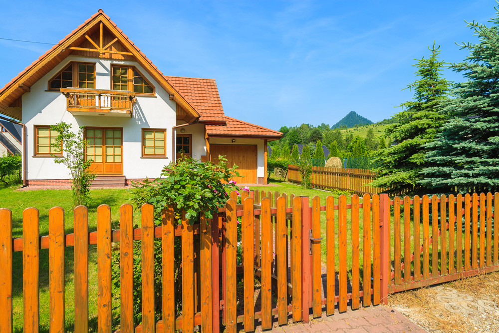 ways to tell what fence type suits your needs
