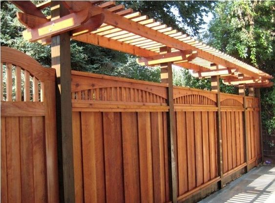 What Materials To Use When Setting Up Your Fence